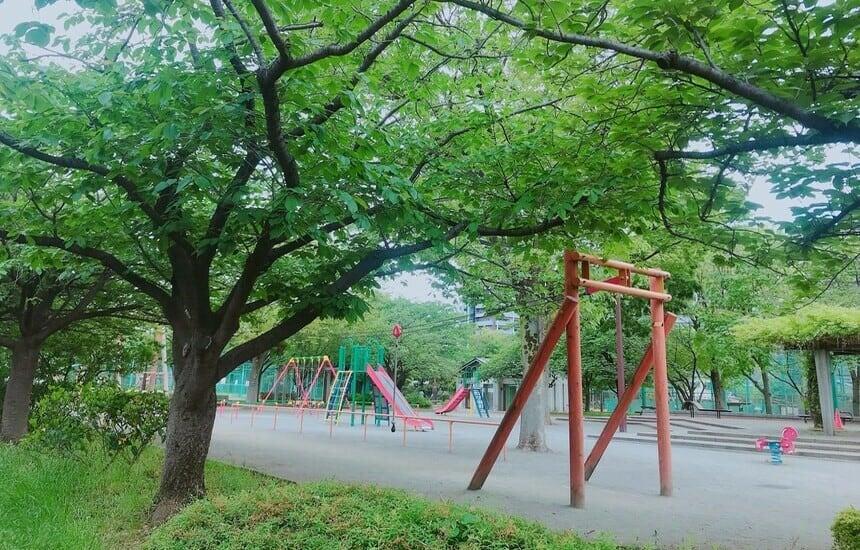 http://tokyo-eastpark.com/wp-content/uploads/2016/12/kameido_parkmap.pdf