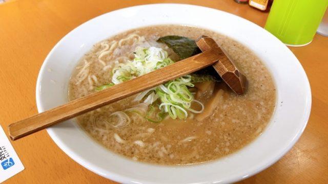 麺屋 悠信・1番人気の「とんこつ醤油らあめん」