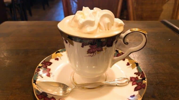 セダン:ウィンナーコーヒー