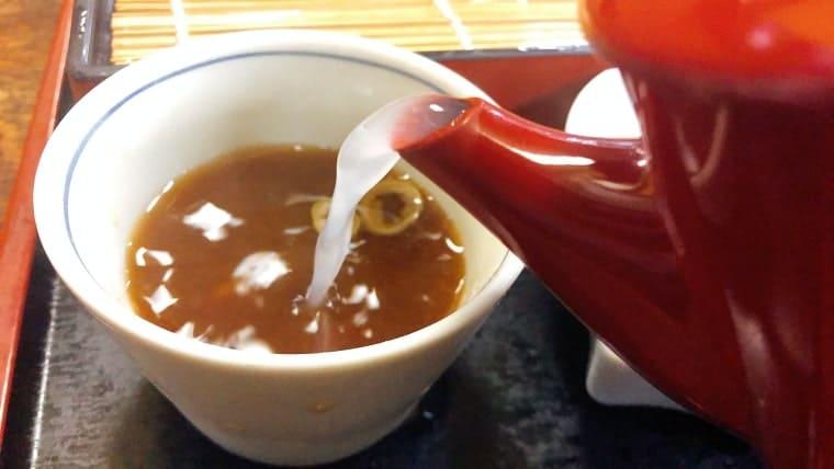 締めはやっぱり蕎麦湯で